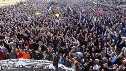 Van is not empty: demonstrators in Van, Turkey, Jan 2013, after assassination of Sakine Cansız, Fidan Doğan and Leyla Söylemez