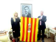 Raising the Catalan flag