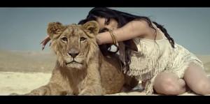 Helen hugs a lioness in her debut video