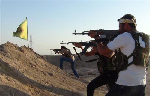 YPG fighters are defending Kobane against ISIS gangs