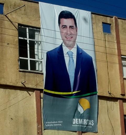 HDP Presidential candidate Selahattin Demirtaş loved in Sirnak