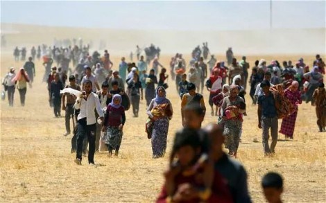 Aug 3-4 2014, Yazidis flee from their villages