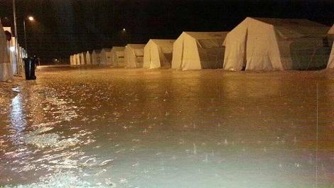F 13 20141215 befu00FCr einweck dohuk tents flooding (2)