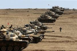 Turkish tanks at border near Kobane