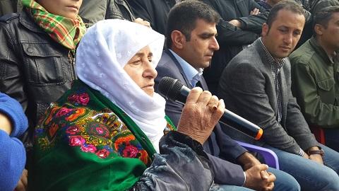 Şiwan Bayar's mother