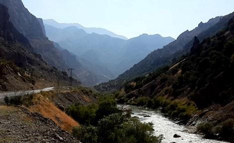 Road to Beytüşşebap, Sirnak, southeast Turkey