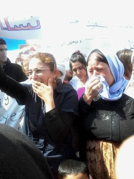 Sirnak camp, Turkey, women cry over missing girls
