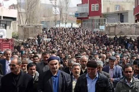 Kurds gathered in Diyadin after civilian Cezmi Budak was killed