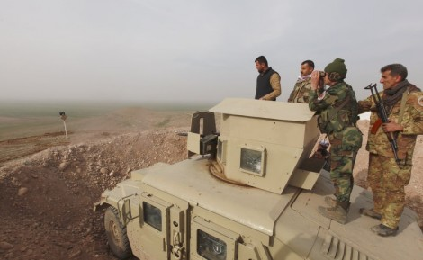 Peshmargas on the outskirts of Mosul