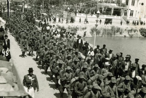 Turkish forces occupy İskenderun in Hatay, July 1938 (Wikipedia)